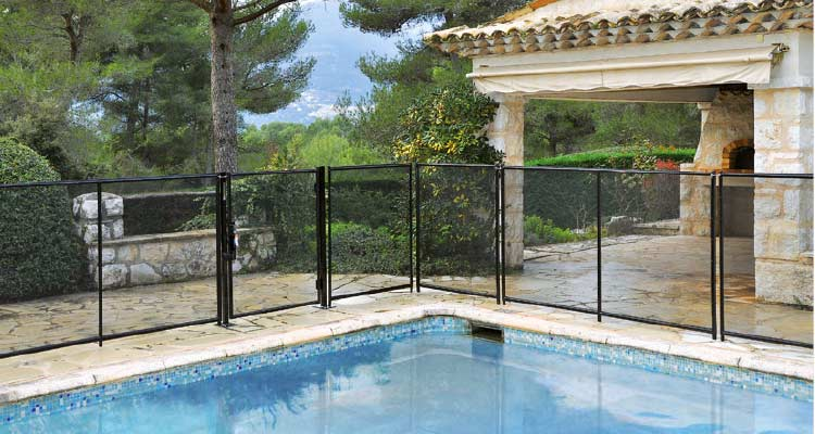Barri re de piscine beethoven rigide avec cadre aluminium for Barriere piscine souple